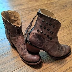 Shyanne cowboy western ankle booties boots